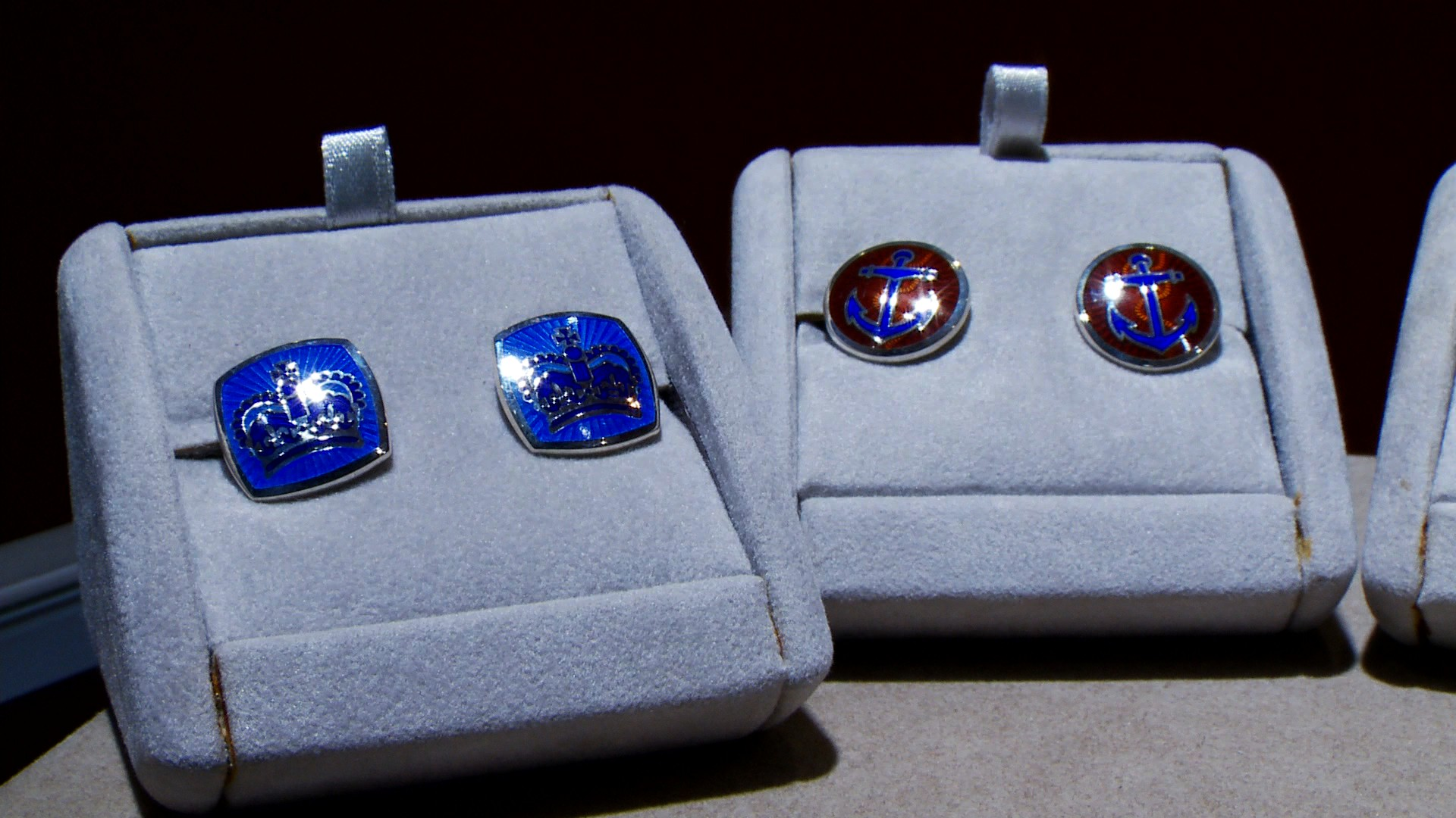 Gem of the Week : Cuff Links